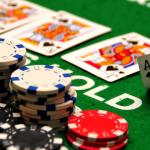 Nắm rõ luật chơi là yêu cầu tiên quyết khi chơi poker