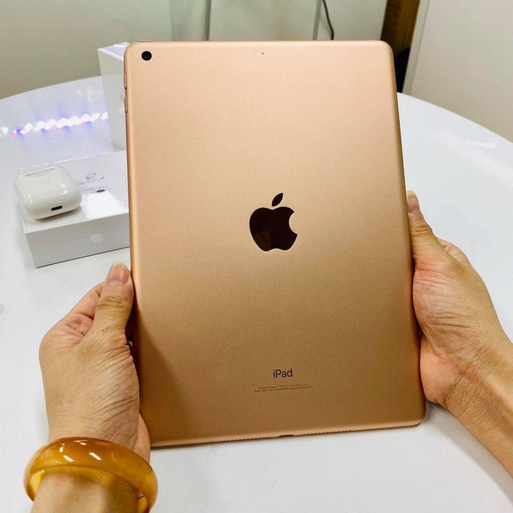 Vì là dòng iPad nên sức mạnh không nằm ở camera