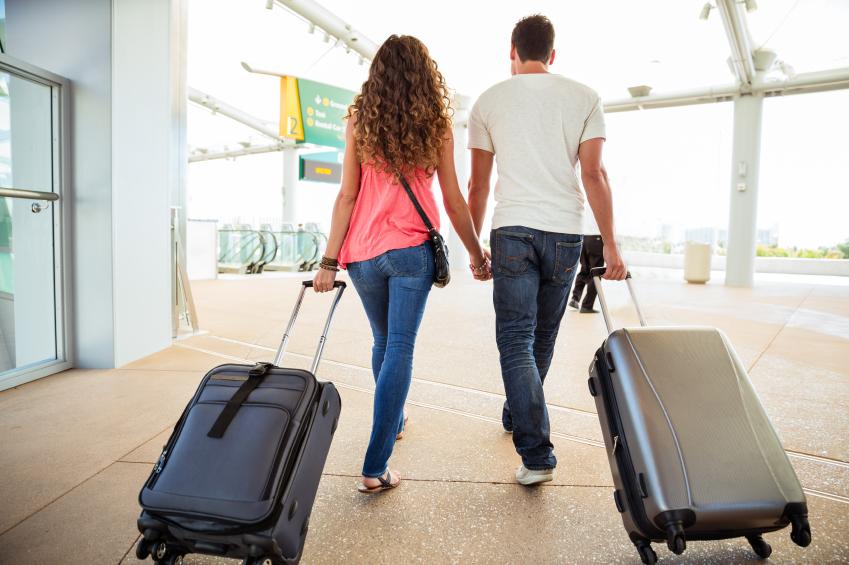 Mơ thấy đi nước ngoài với người lạ cho thấy rằng bạn là người có tính tình phóng khoáng